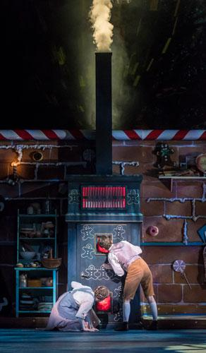 Hansel and Gretel, Lyric Theatre @ Illinois, November 2017, Photo by Darrell Hoemann