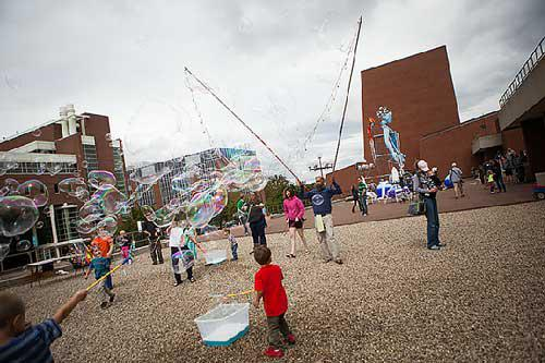 Bubble Madness at Krannert Center, ELLNORA | The Guitar Festival 2015
